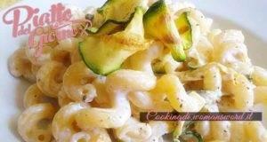 Un Primo delicatissimo composto da Zucchine e Robiola